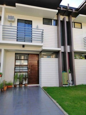 Furnished Townhouse For Rent near IT Park & Ayala Mall Central Bloc